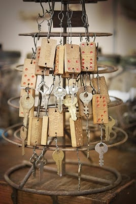 old dominoes and keys as ornaments    from Jill's blog