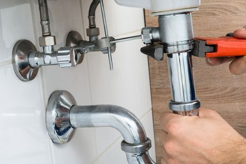 Need to replace your sink faucet? Learn an easy #DIY fix here.
