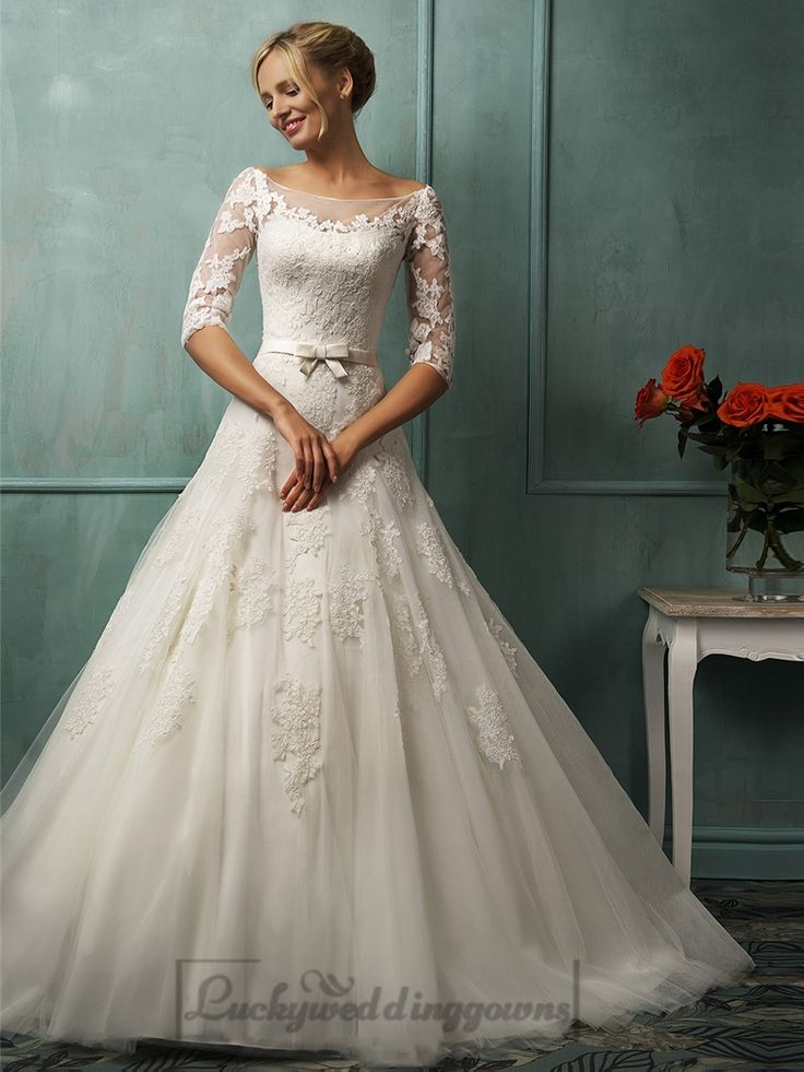 Half Sleeves Illusion Bateau Neckline A-line Lace Wedding Dress with Keyhole Back