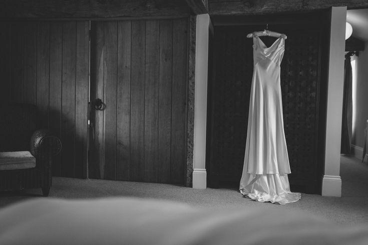 Sigh - sometimes simple elegance is the way forward. Isn't this just gorgeous? Photo by Benjamin Stuart Photography #weddingphotography #weddingdress #silkdress #formfitting #elegantdress