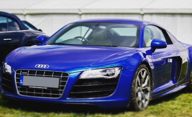 Audi R8 #audi #audir8 #r8 #car #cars #sportscar #fast #fastcar #formula1 #racing #classic #friday #tgif #weekend #vibes #work #picoftheday #photooftheday #goals #blue #like #comment #share #repost #follow #followme #luxury #lifestyle #prestigeautotech