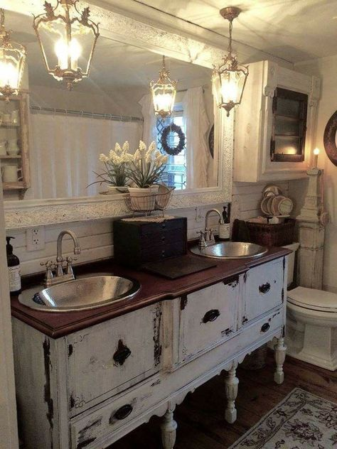 Rustic Shabby Farmhouse bathroom #shabbychicbathroomsvanity