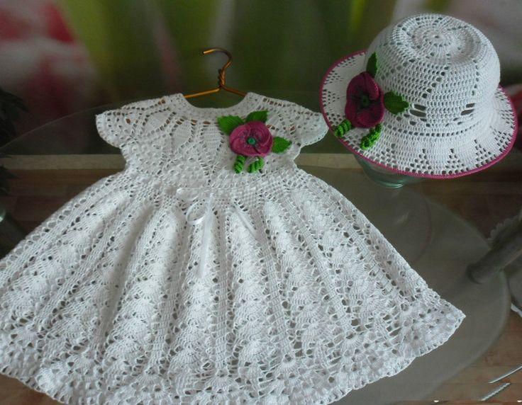 Платье для девочки и шляпка с маками крючком