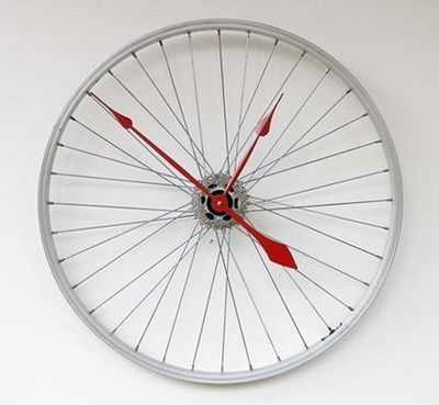 Clock Made From Discarded Bike Wheel