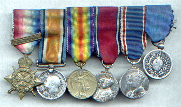 Medal WW1 Italian Gallantry miniature group of 6  1914 star & bar trio, Coronation 1935 Jubilee 1937 Italian Al Valour medal. Al Valour military medal During World war 1 the medal was awarded to military personnel, units above the level of company and civilians for exceptional valour in the face of the enemy. During World War I, the medal was given out some 38,614 times for individual acts of heroism (compared to 368 Gold Medals and 60,244 Bronze medals).