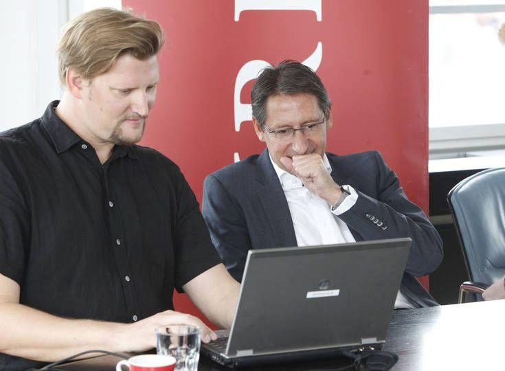 Josef Bucher (BZÖ) im Wahlchat mit KURIER-Redakteur Peter Draxler, 23.9.2013. Foto: Gerhard Deutsch