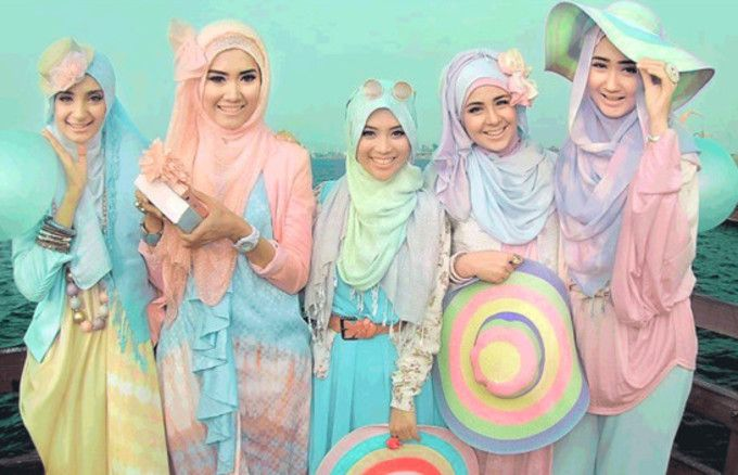 "Lolita Fashion Travels Overseas! ""Muslim Lolita"" Is The New Intersection Of The Kawaii Culture"