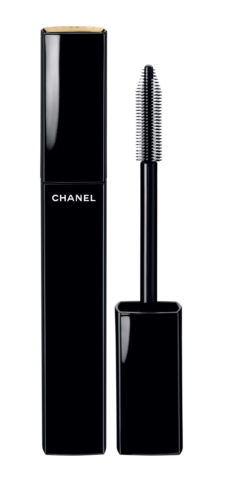 """Chanel """"Sublime de Chanel Infinite Length and Curl"""" mascara in Deep Black."""
