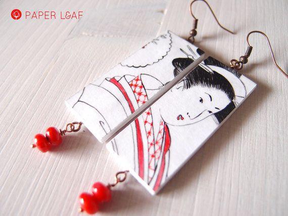 Orecchini di carta Geisha Red Coral  orecchini di PaperLeafJewels | Handpainted paper earrings | #fauxbrokenchina #paperjewellery #handpainted #PorcelainCollection