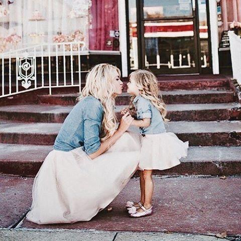 Moeder & dochter liefde blijft voor altijd! Daarom hebben wij super veel prachtige sieraden, die jullie kunnen delen! Linkje in bio! ❤️ #moeder #dochter #sieraden #love