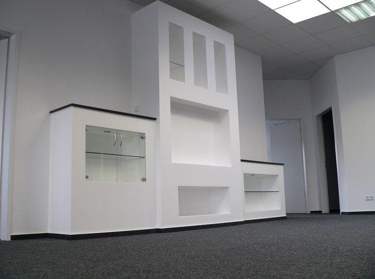 """Kombination von Trockenbau mit Fertigelementen von Trel Systems. Combinaison d'éléments préfabriqués """"Trel Systems"""" avec des produits de placo-plâtre."""