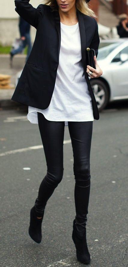 Street styles / black coat   black jeans   white blouse