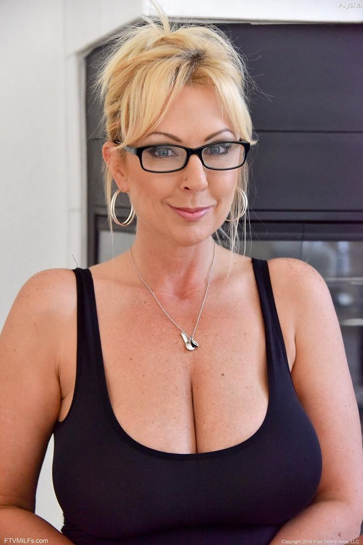 Hot milf with glasses gets fucked 8