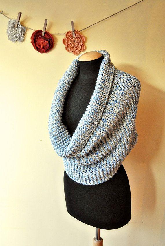 SPEDIZIONE GRATUITA sciarpa infinity azzurra in di lazydesigner