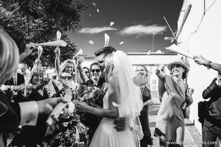 What an amazing church wedding in countryside of Algarve!