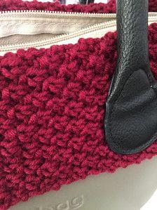 Bordo in lana merinos per borsa Obag modello Classic, fatto a mano. Disponibili vari colori, su ordinazione. Per maggiori info, contattatemi in privato! 😉  Ps: in vendita solo il bordo in lana, non la borsa completa