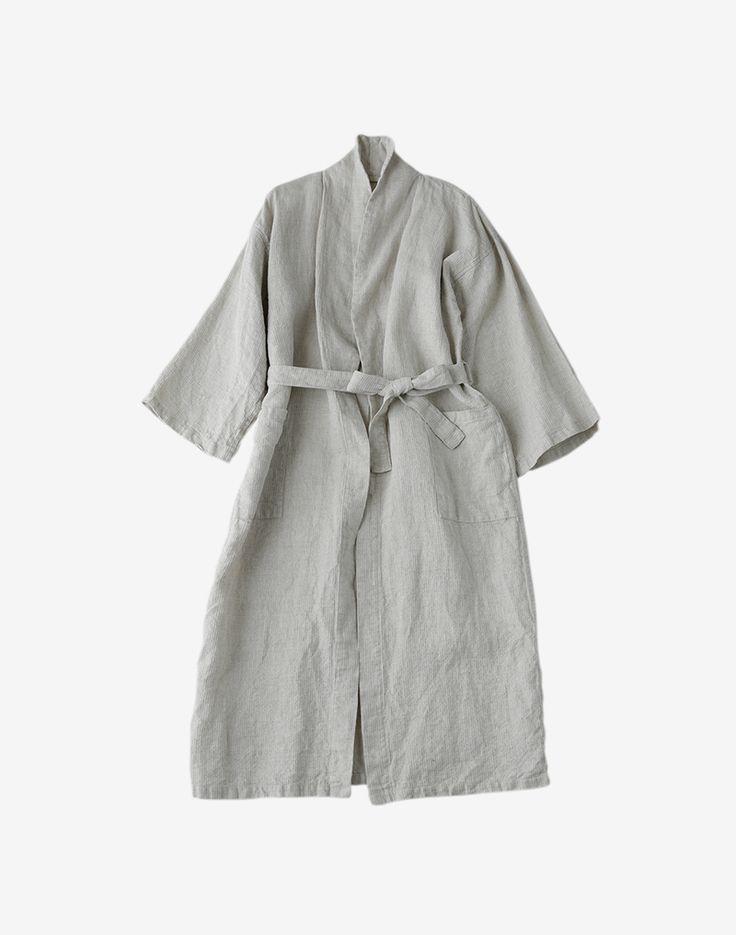 fine little day . flw - linen bath robe