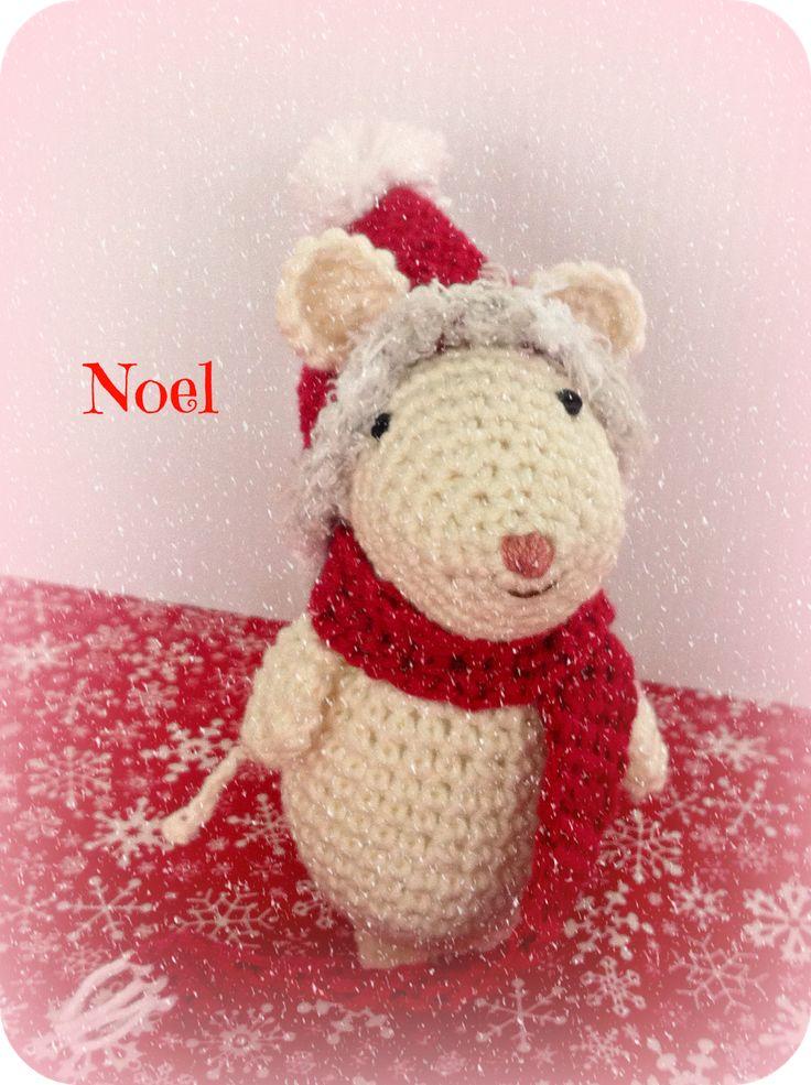como hacer ratoncitos amigurumi navideños a crochet