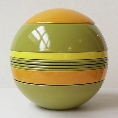 La Boule 19 piece earthenware dinner set, by Helene Von Boch & Federigo Fabbrini, for Villeroy & Boch, Germany, 1971.