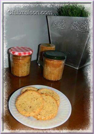 Cake aux noisettes en bocal. Sans lactose, sans gluten