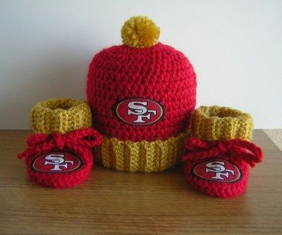 NFL SAN FRANCISCO 49ERS BABY HAT & BOOTIES SET....special price....cute!