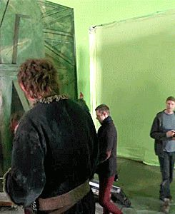 Martin Freeman and Benedict Cumberbatch at The Hobbit set. The fact that Ben travelled all the way to New Zealand to surprise Martin makes me super happy.