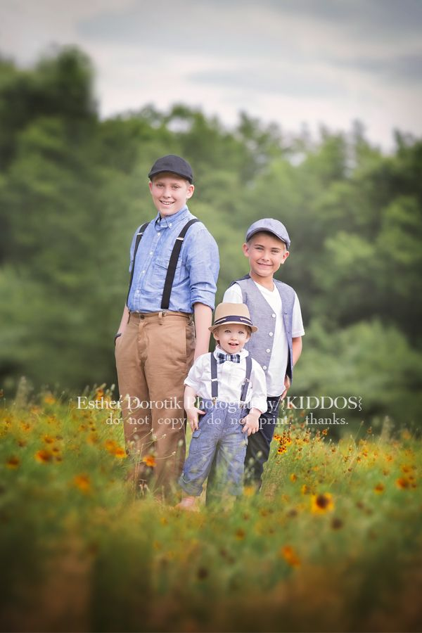 family photography, child photography, vintage clothing, brother photography, picture of three boys, flower field, baby photography