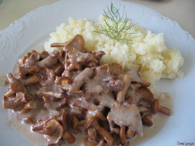 Tomek gotuje: Duszone kurki / Tom cooks: Braised chanterelles