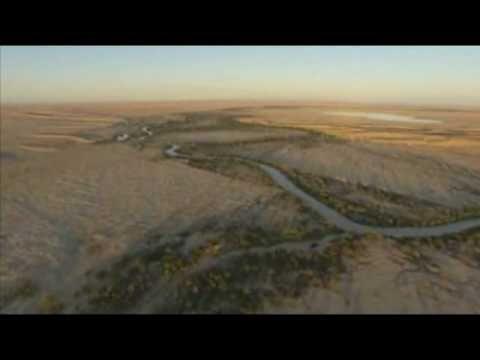 Australian Outback | Floods Transform Lake Eyre - YouTube