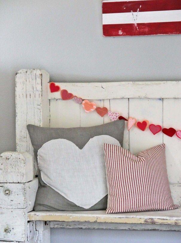 Easy Heart Envelope Pillow - craft - Little Miss Momma