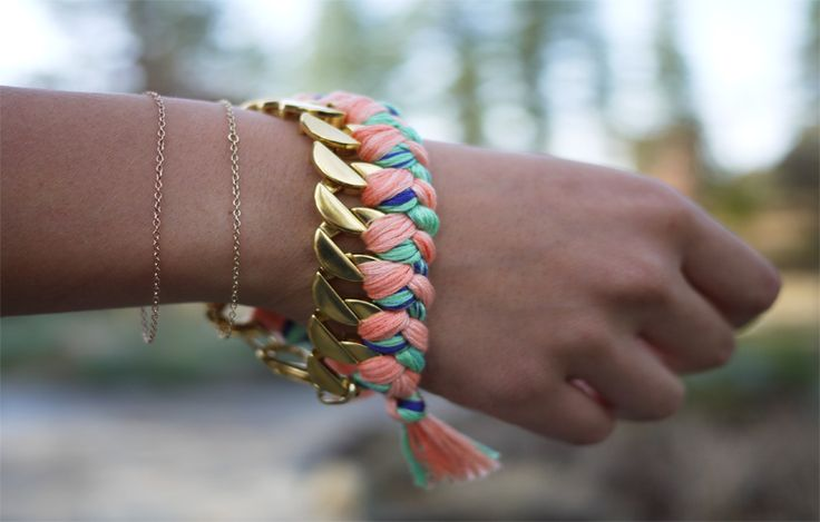 How cool is this! From Honestly...WTF. Such a cool website.Chains Bracelets, Diy Fashion, Diy Jewelry, Braids Bracelets, Diy Bracelets, Accessories, Friendship Bracelets, Crafts, Woven Bracelets