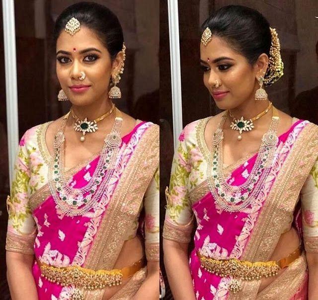 Bride in Simple Choker Multi Layer Diamond Set
