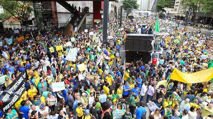 O que você fazia quando...: as manifestações aconteciam em todo o Brasil?