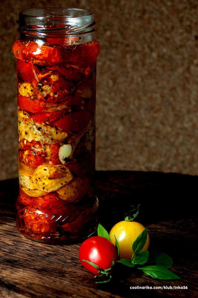 Peceni pasterizovani paradajz - Polimka — Coolinarika