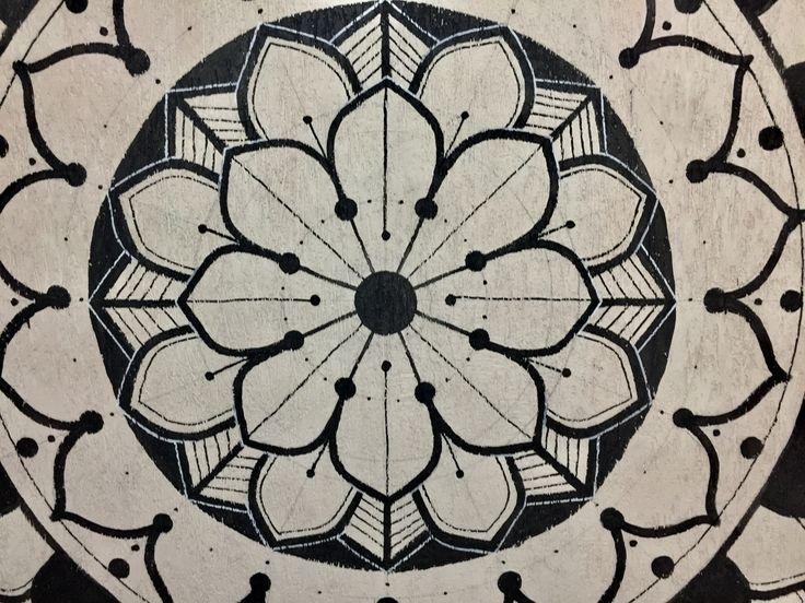 MANDALAGRASS #mandala #meditation #mandalapaint #artdecor #mandalalove #mandalalove #grama #gramaloka #gramalokatattoo #yantra #buddah #rasta #art