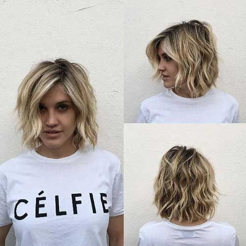 Short Wavy Hairstyles for Women with Style