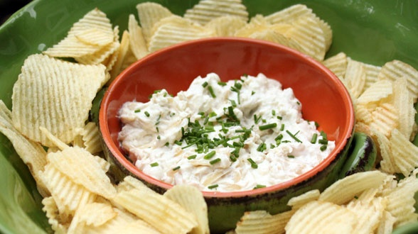 French Onion Chips and Dip- this was delicious! It was so easy, and ...