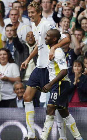 13 December 2010: There always were some funny disparity on the heights of the then Tottenham strikers Jermain Defoe and Peter Crouch. In the CHELSEA away Premier League fixture with the Spurs on this day, the taller Crouch replaced the not so tall Defoe in the second half. The match ended 1-1...