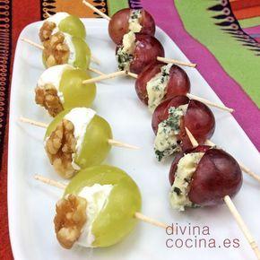 Estas uvas rellenas de queso son fáciles de preparar y resultan unos bocaditos deliciosos para aperitivos. Elige uvas de buen tamaño, mucho mejor si son sin pepitas porque ahorrarás trabajo en la elaboración.