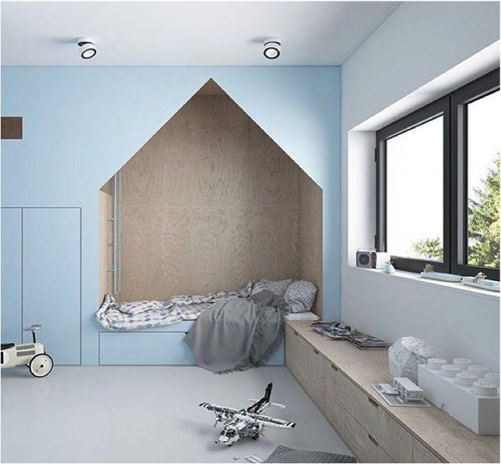 Plywood + blue = winning combination http://petitandsmall.com/stunning-plywood-rooms-kids/ - schöne helle Farben in dem Kinderzimmer