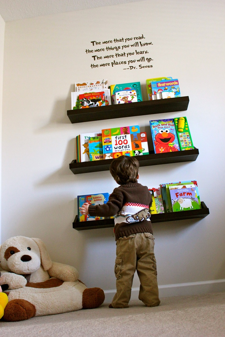 kids bookshelf...love the quote above the bookshelf. Good for bedtime books you don't want ripped up on the top shelf.