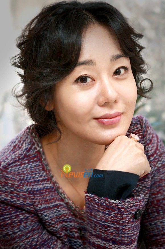 Kim Yoon-jin (김윤진) ❤