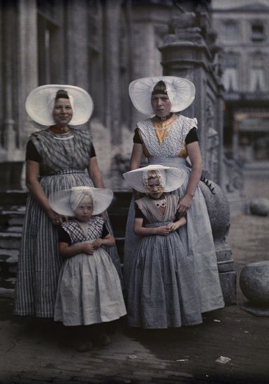 Mothers and Daughters in Zeeland Dress, Netherlands 1931 - brings back good memories of when we lived there!
