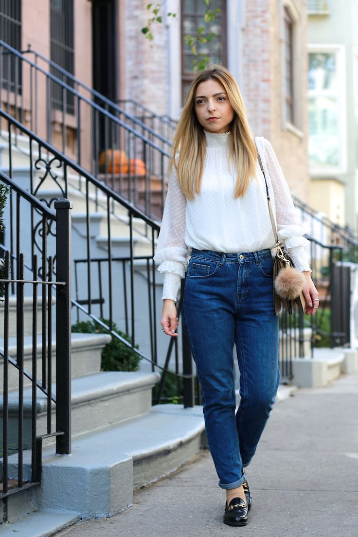 Victorian Blouse Mom Jeans Outfit Blog