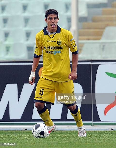 Filippo Minarini of Modena in action during the Serie B match between SS Virtus Lanciano and Modena FC at Adriatico Stadium on September 29 2012 in...