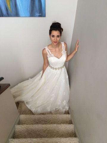 Style name: 'AUTUMN' WAS $2350 NOW $1930   Ivory size 12 wedding dress at Jenny's Bridal   |  Phone: 419 5444
