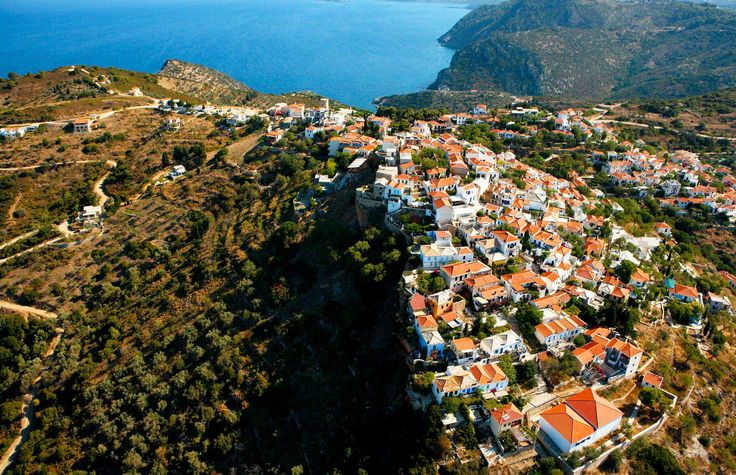 Chora, Alonnisos - Greece  http://globetrotter-blog.com/listing/alonnisos-greece/