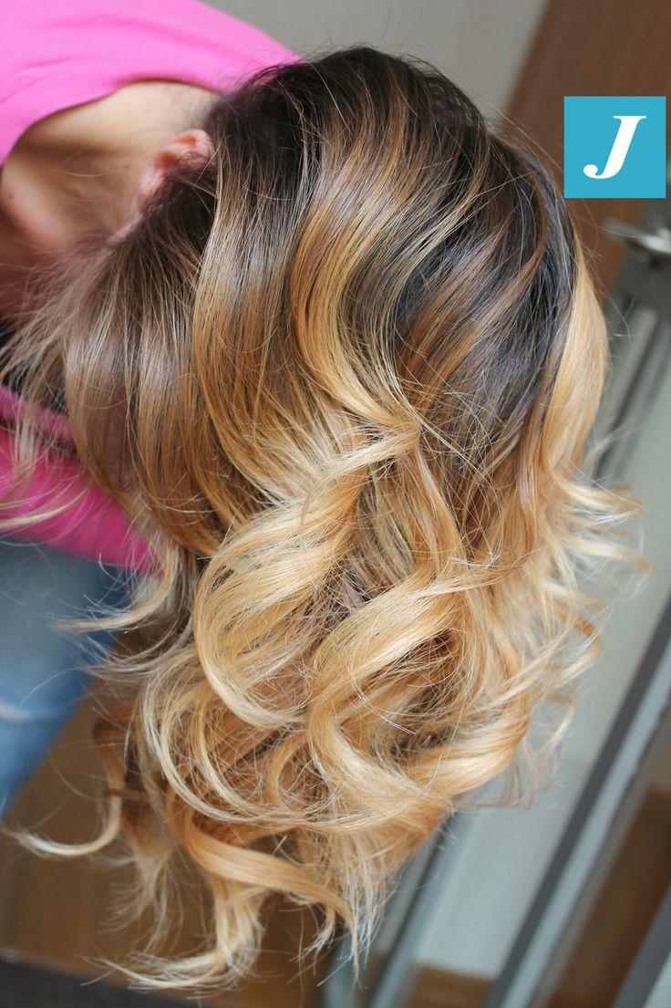 Into Degradé Joelle Shades #cdj #degradejoelle #tagliopuntearia #degradé #igers #musthave #hair #hairstyle #haircolour #longhair #ootd #hairfashion #madeinitaly #wellastudionyc