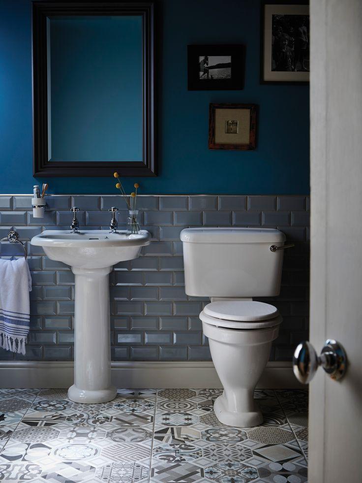 Heritage Bathrooms Statement  Edgeware Mirror in Slate Grey with Belmonte Suite
