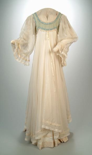 Romantic Silk Dress, 1971, Gina Fratini, © Aberdeen Art Gallery & Museums Collections.